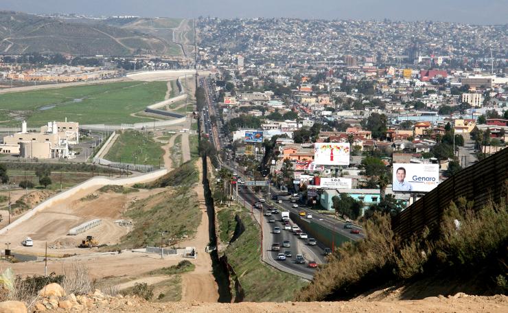 границата на америка с мексико